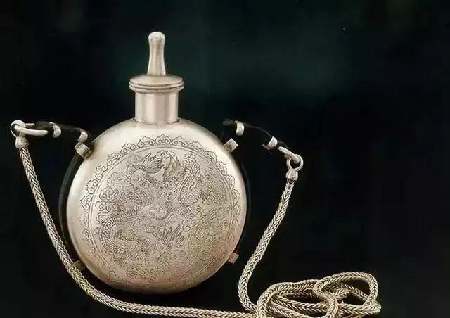 蒙古族生活中的这些文物,同时又是艺术品巅峰之作 第5张
