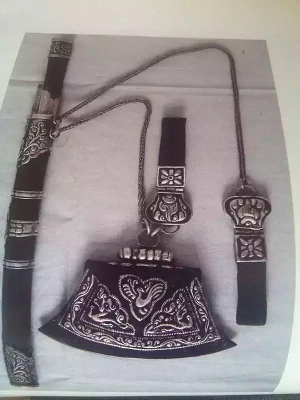 【头条】你绝对没见过的蒙古族游牧生活用品 第9张 【头条】你绝对没见过的蒙古族游牧生活用品 蒙古工艺