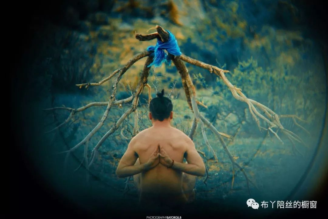 贪生|大咖面对面:蒙古国新生代摄影艺术家Bat-Orgil Battulga分享交流会 第4张 贪生|大咖面对面:蒙古国新生代摄影艺术家Bat-Orgil Battulga分享交流会 蒙古文化