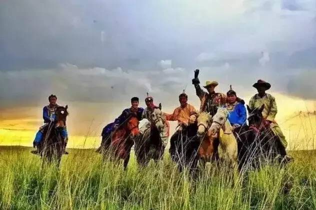 蒙古人《醉骑》?非常震撼的视频! 第1张