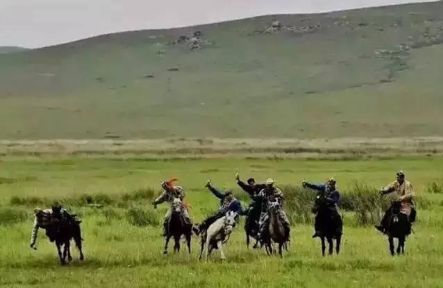 蒙古人《醉骑》?非常震撼的视频! 第6张
