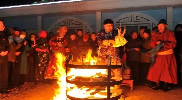土默特文史资料:蒙古族的风俗习惯 第1张