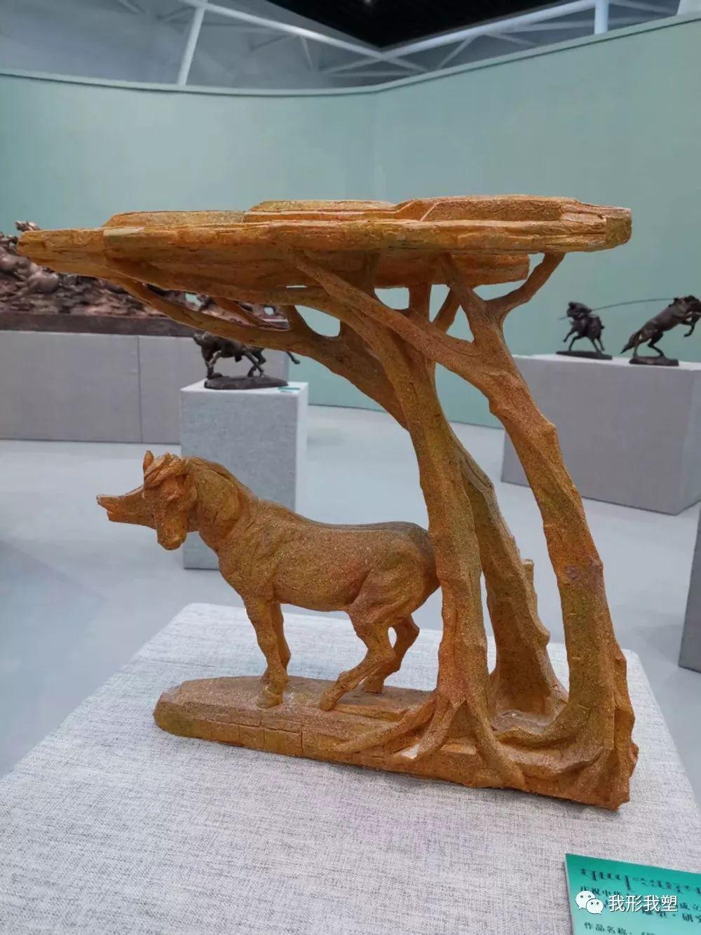 """【雕塑展览】庆祝中华人民共和国成立70周年""""蒙古马·雕塑·研究""""展 第14张 【雕塑展览】庆祝中华人民共和国成立70周年""""蒙古马·雕塑·研究""""展 蒙古画廊"""