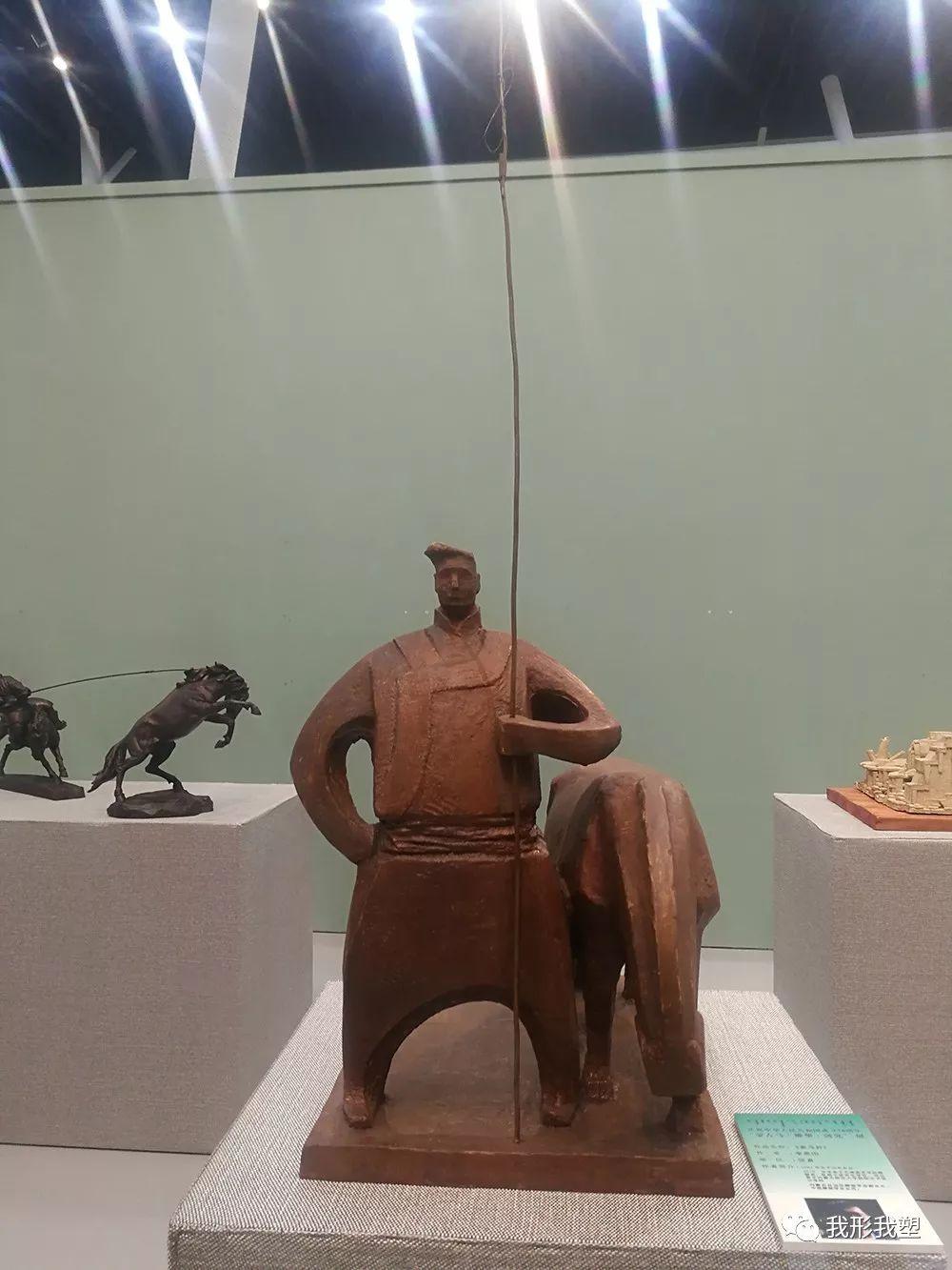 """【雕塑展览】庆祝中华人民共和国成立70周年""""蒙古马·雕塑·研究""""展 第34张 【雕塑展览】庆祝中华人民共和国成立70周年""""蒙古马·雕塑·研究""""展 蒙古画廊"""