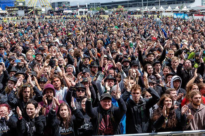 蒙古音乐登上世界顶级摇滚音乐节!THE HU乐队2019Rock Am Ring音乐节现场视频 第4张