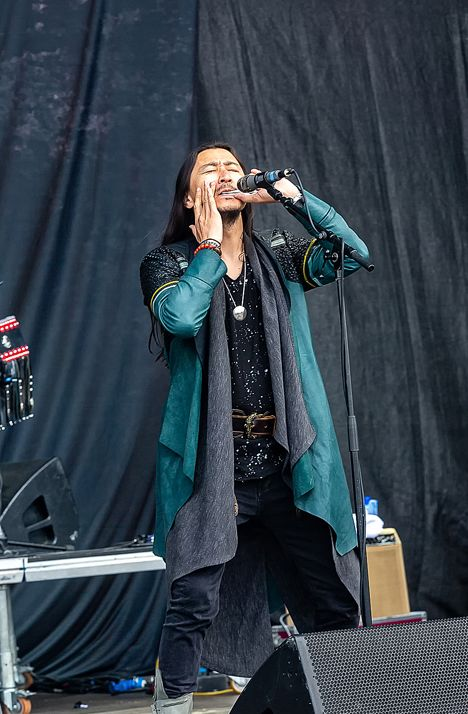 蒙古音乐登上世界顶级摇滚音乐节!THE HU乐队2019Rock Am Ring音乐节现场视频 第6张