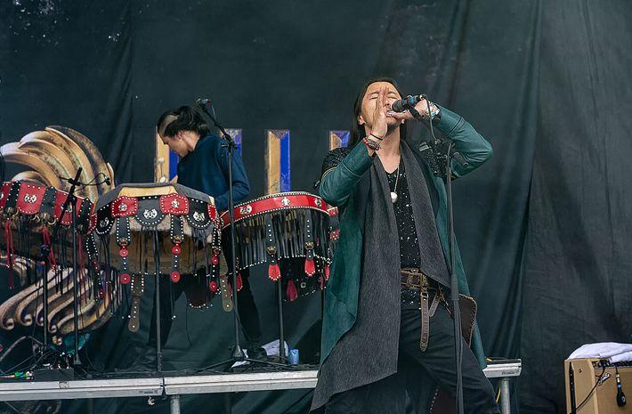 蒙古音乐登上世界顶级摇滚音乐节!THE HU乐队2019Rock Am Ring音乐节现场视频 第14张