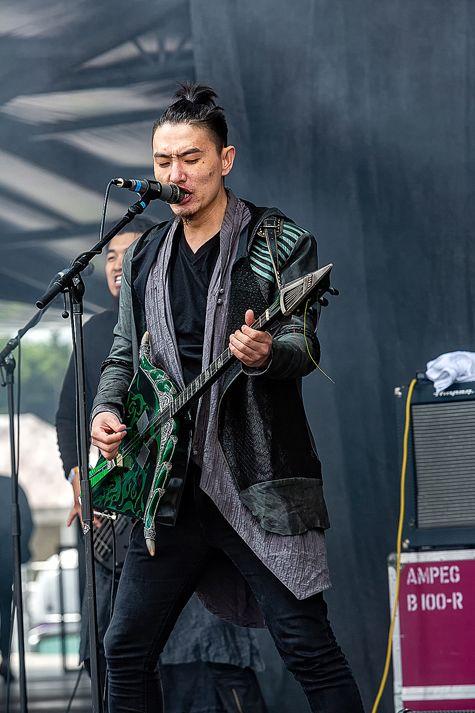 蒙古音乐登上世界顶级摇滚音乐节!THE HU乐队2019Rock Am Ring音乐节现场视频 第13张
