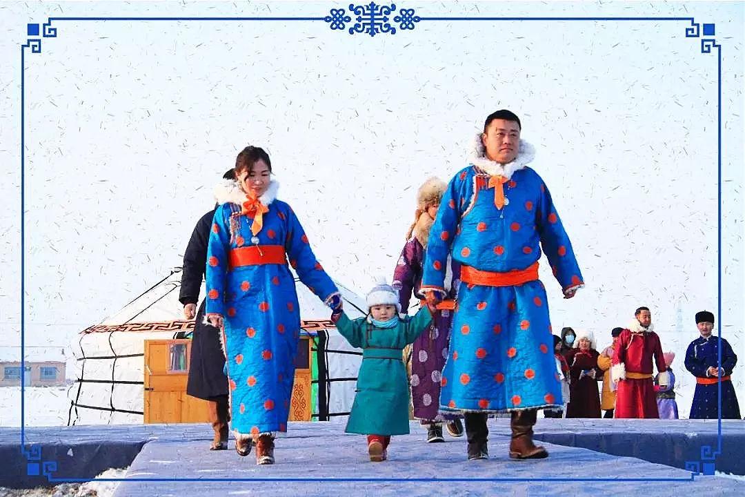察哈尔蒙古族服饰 第1张 察哈尔蒙古族服饰 蒙古服饰