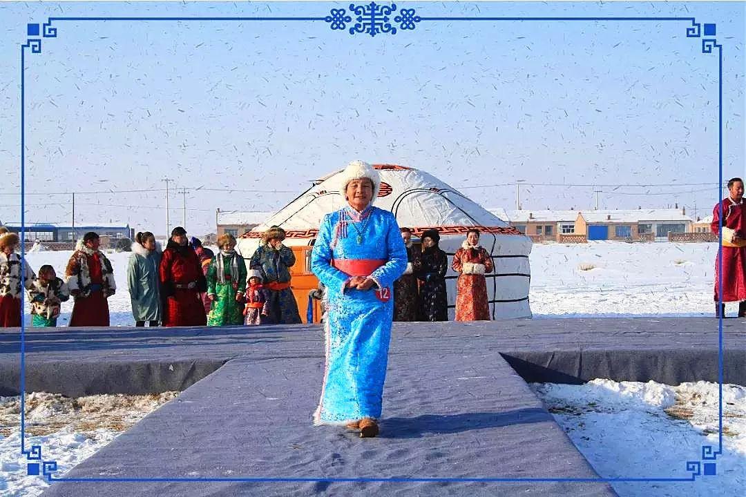 察哈尔蒙古族服饰 第6张 察哈尔蒙古族服饰 蒙古服饰