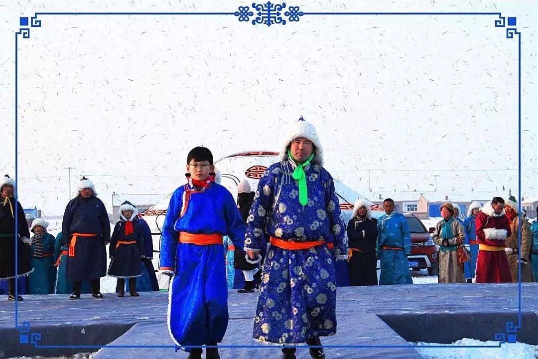 察哈尔蒙古族服饰 第12张 察哈尔蒙古族服饰 蒙古服饰