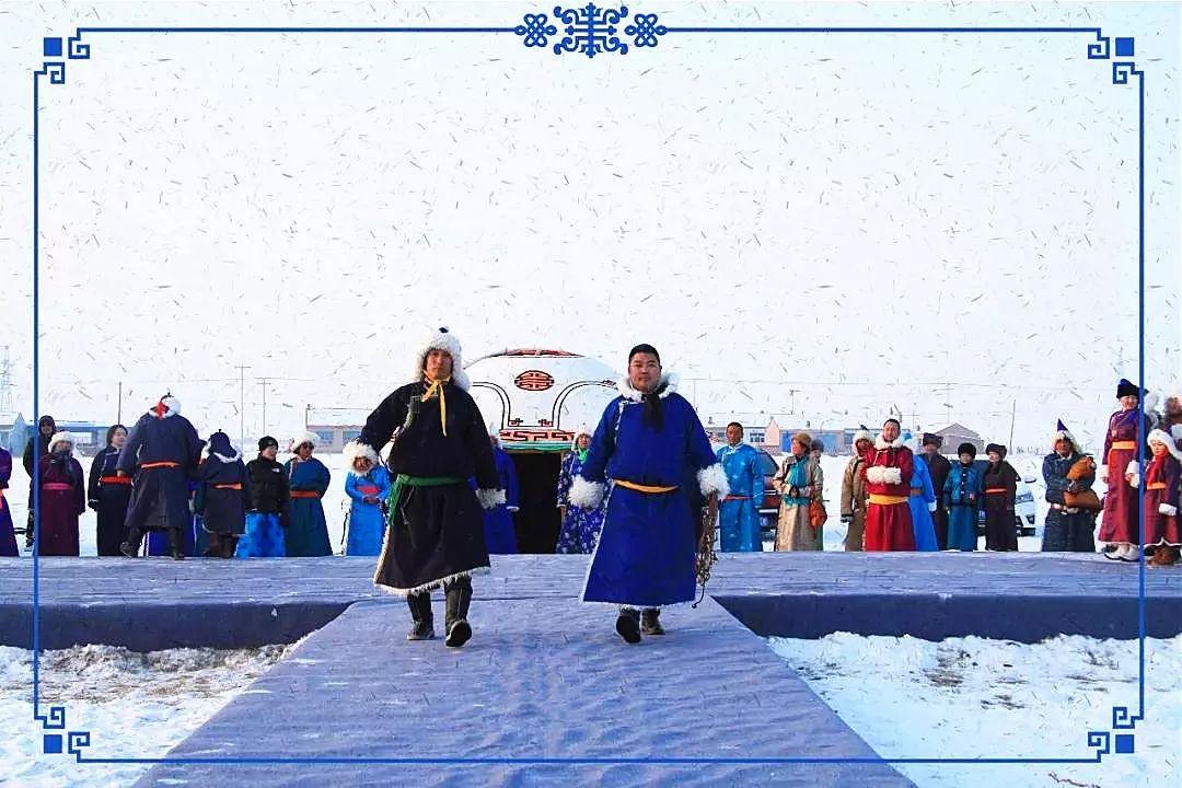 察哈尔蒙古族服饰 第13张 察哈尔蒙古族服饰 蒙古服饰