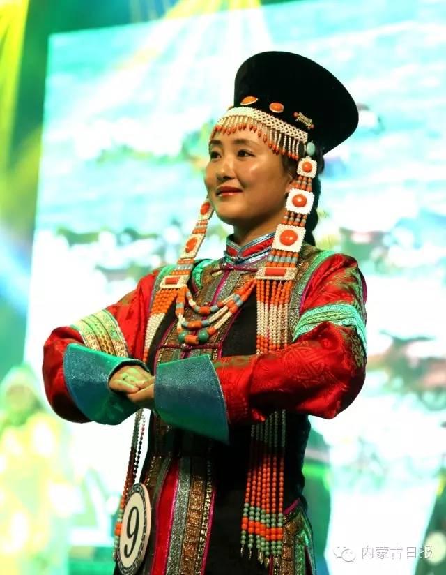 (图集)察哈尔服饰的传统之美 第2张 (图集)察哈尔服饰的传统之美 蒙古服饰