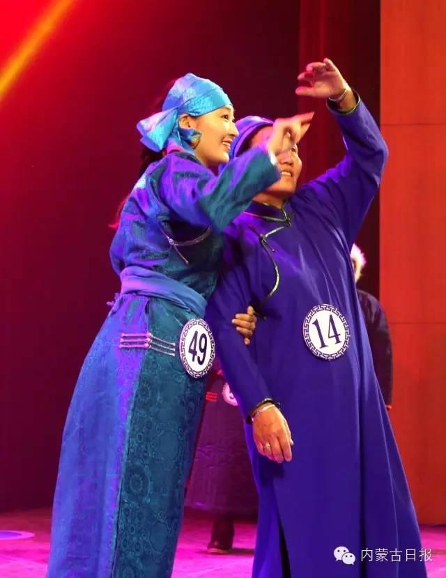 (图集)察哈尔服饰的传统之美 第5张 (图集)察哈尔服饰的传统之美 蒙古服饰