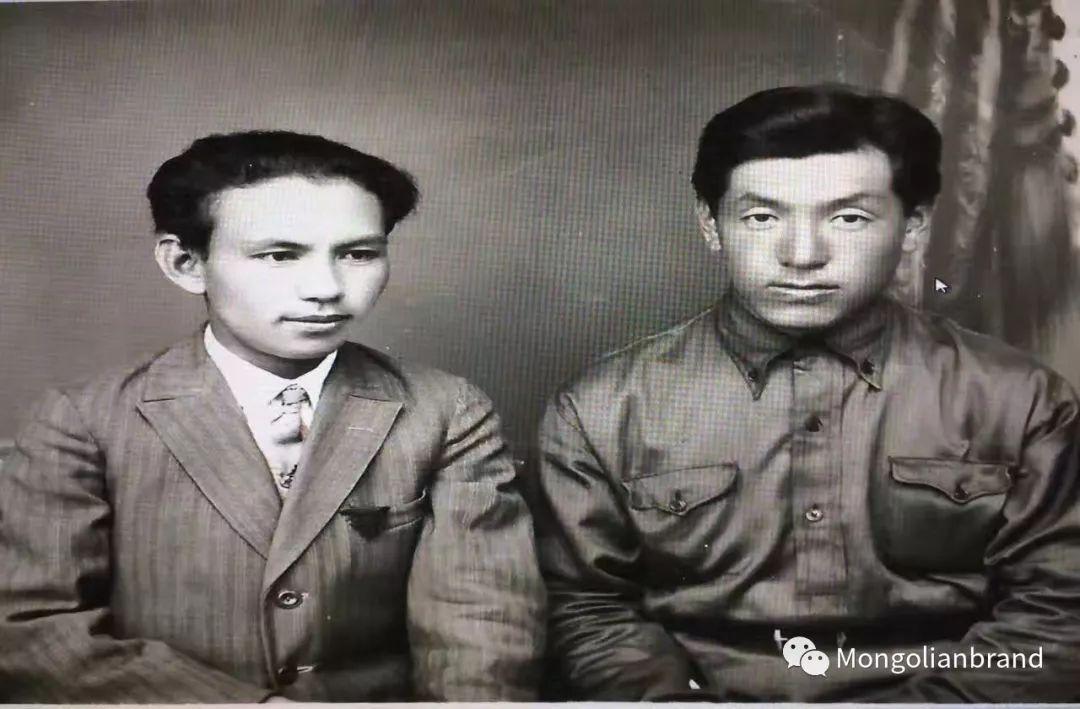 蒙古丨20世纪30年代在蒙古遇害的喀喇沁知识分子乌力吉巴达拉呼 第9张 蒙古丨20世纪30年代在蒙古遇害的喀喇沁知识分子乌力吉巴达拉呼 蒙古文化