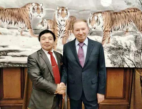 【人物传真】著名蒙古族青年艺术家——敖特 第43张