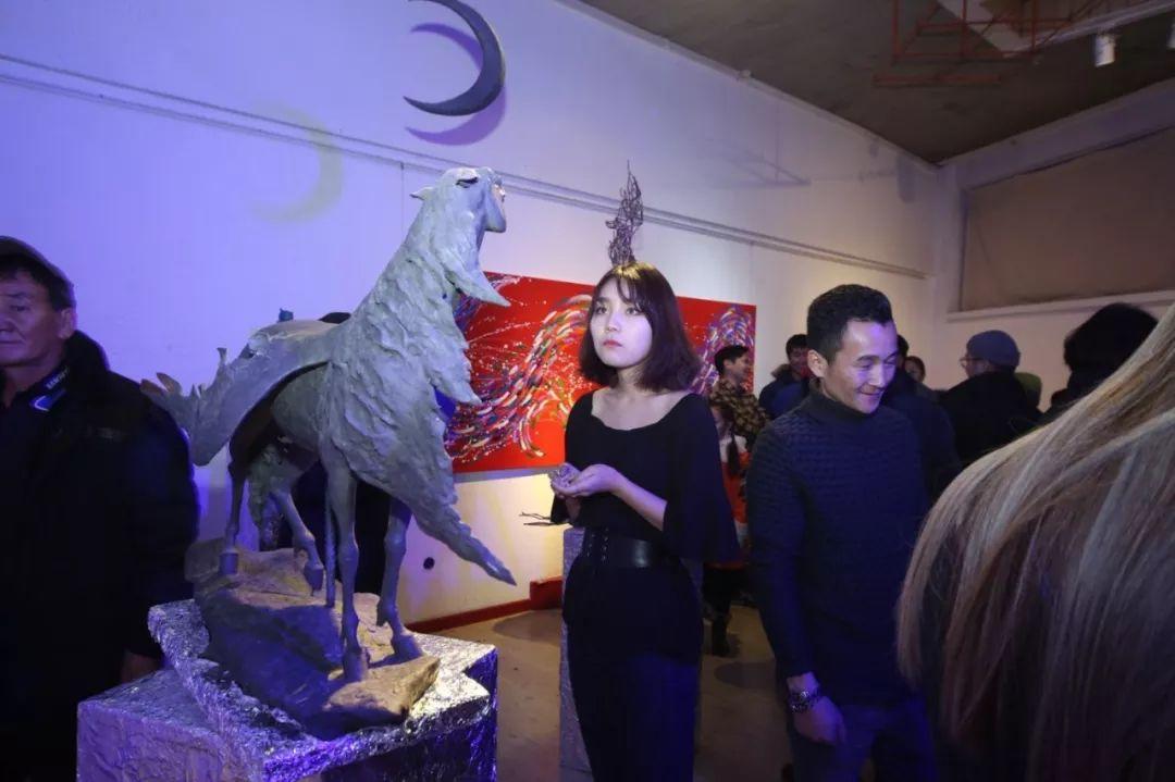 """蒙古青年艺术家们发起"""" MODERN KUNST 21""""展览 第2张"""