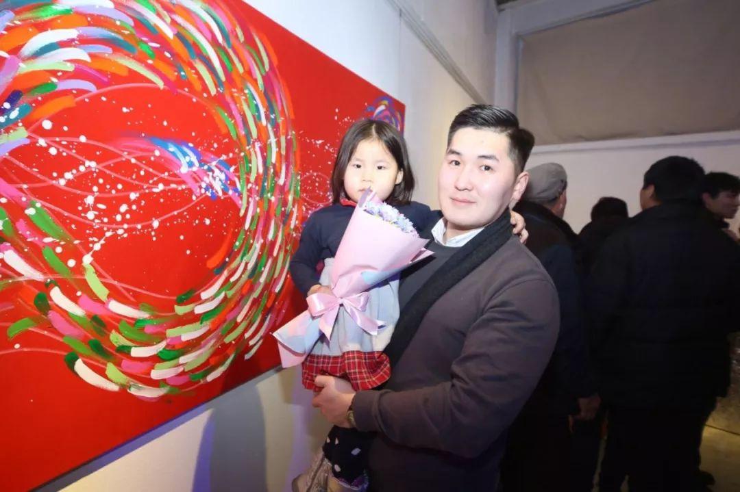 """蒙古青年艺术家们发起"""" MODERN KUNST 21""""展览 第1张"""