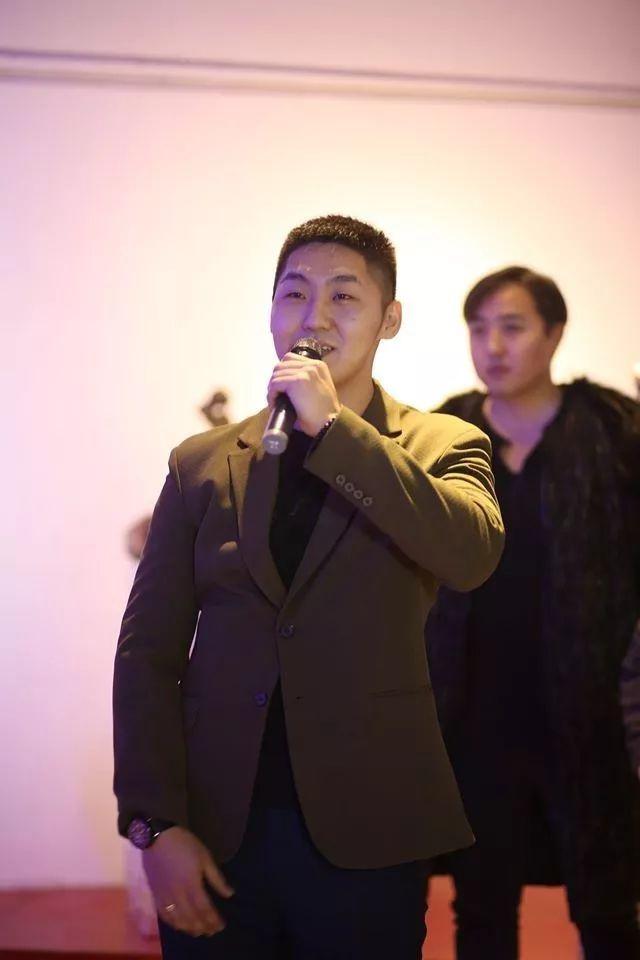 """蒙古青年艺术家们发起"""" MODERN KUNST 21""""展览 第8张"""