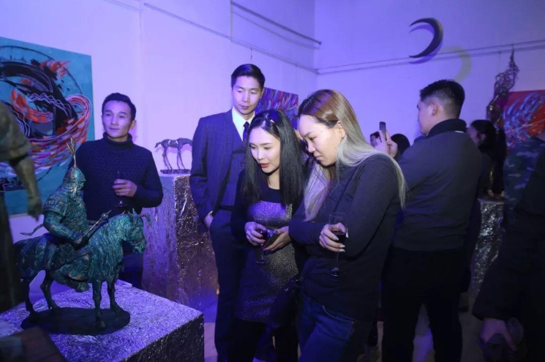 """蒙古青年艺术家们发起"""" MODERN KUNST 21""""展览 第11张"""
