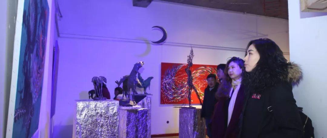 """蒙古青年艺术家们发起"""" MODERN KUNST 21""""展览 第26张"""