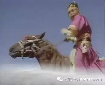 六小龄童现身呼和浩特,我是蒙古后裔,就应该穿蒙古袍! 第9张 六小龄童现身呼和浩特,我是蒙古后裔,就应该穿蒙古袍! 蒙古文化