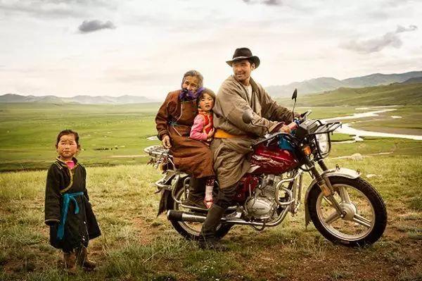 摄影纪实  传统蒙古人的日常 第1张
