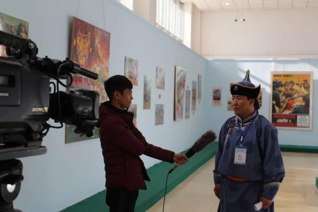 """一位80后蒙古族青年的""""听书梦"""" 第10张 一位80后蒙古族青年的""""听书梦"""" 蒙古文化"""