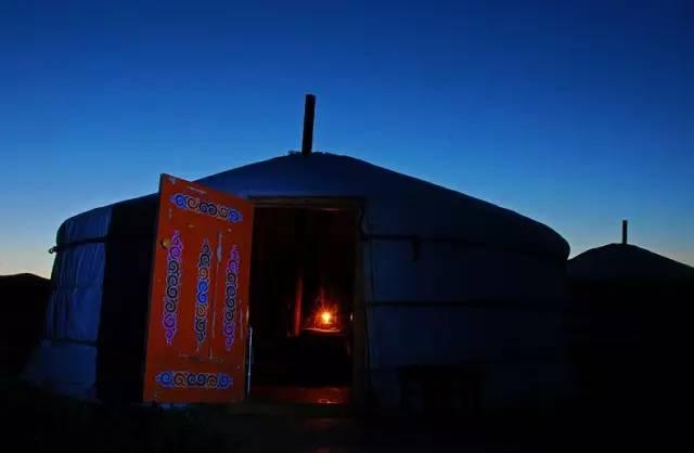 展现内蒙古风情的唯美图片,艺术源自生活 第3张 展现内蒙古风情的唯美图片,艺术源自生活 蒙古文化