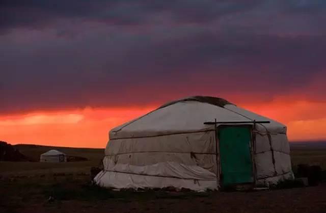 展现内蒙古风情的唯美图片,艺术源自生活 第7张 展现内蒙古风情的唯美图片,艺术源自生活 蒙古文化