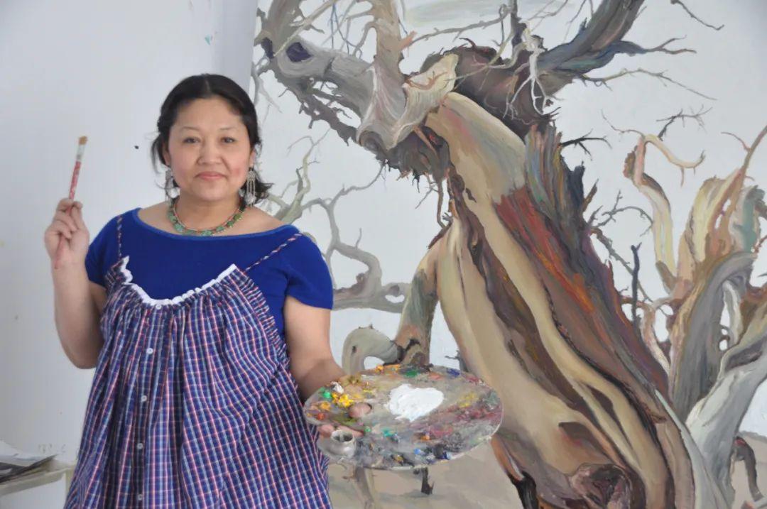 画胡杨的乌日娜丨肖亦农 第1张 画胡杨的乌日娜丨肖亦农 蒙古画廊