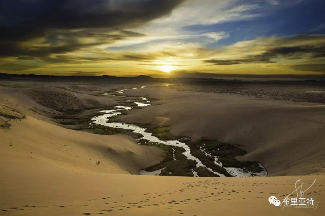 旅行摄影师甘乌力吉的摄影作品欣赏,太震撼! 第17张 旅行摄影师甘乌力吉的摄影作品欣赏,太震撼! 蒙古文化
