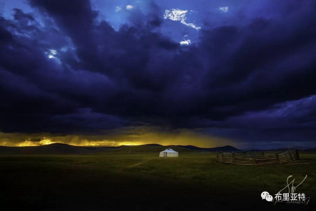旅行摄影师甘乌力吉的摄影作品欣赏,太震撼! 第14张 旅行摄影师甘乌力吉的摄影作品欣赏,太震撼! 蒙古文化