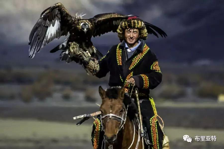旅行摄影师甘乌力吉的摄影作品欣赏,太震撼! 第40张 旅行摄影师甘乌力吉的摄影作品欣赏,太震撼! 蒙古文化