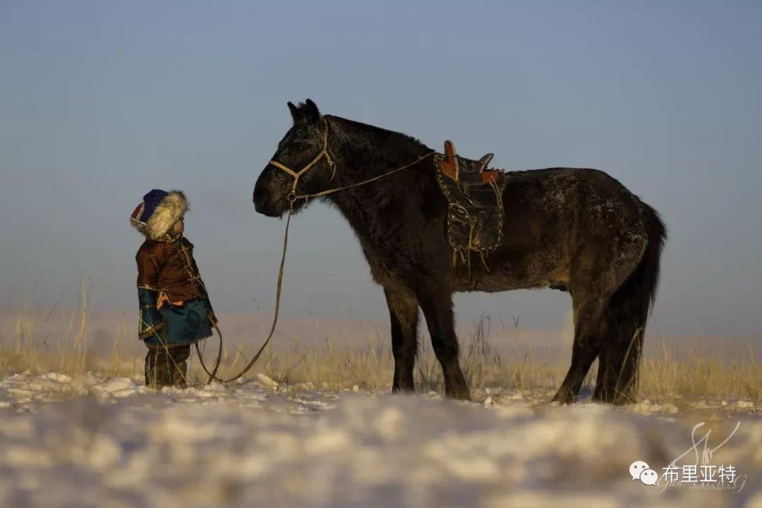 旅行摄影师甘乌力吉的摄影作品欣赏,太震撼! 第47张 旅行摄影师甘乌力吉的摄影作品欣赏,太震撼! 蒙古文化