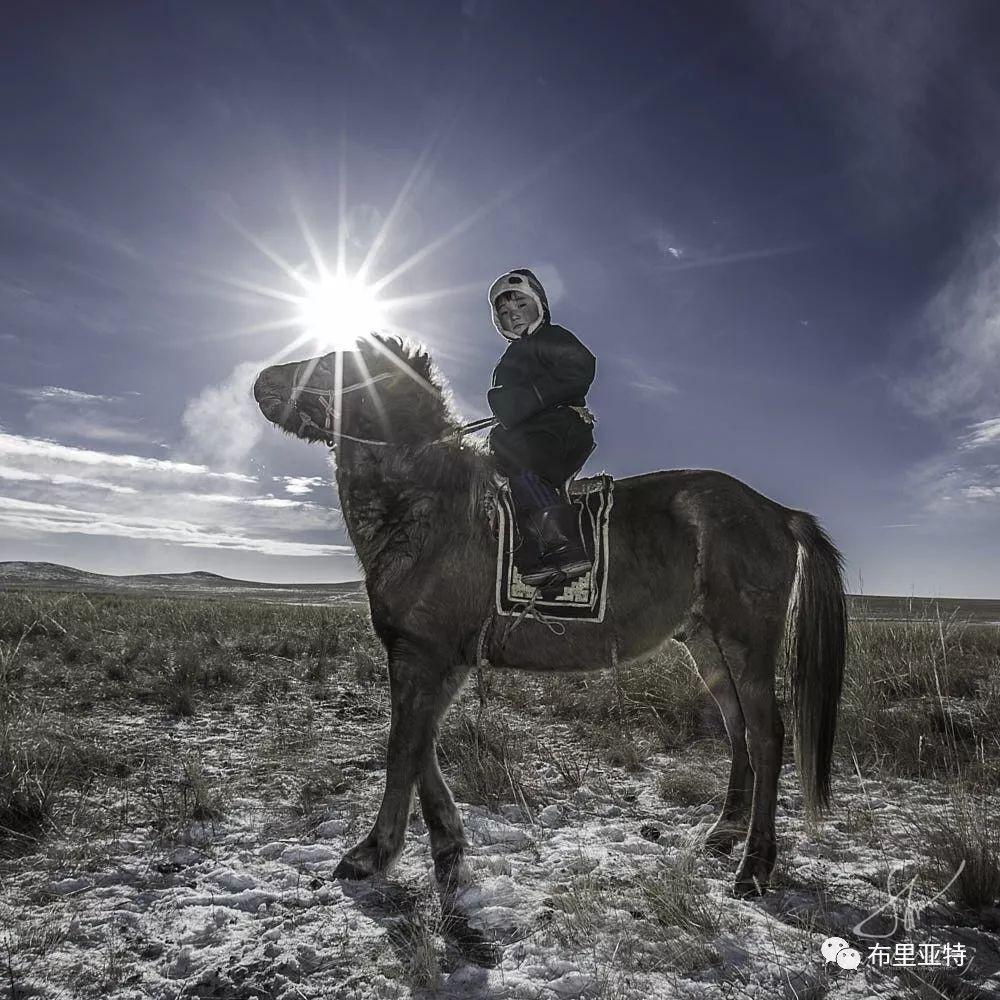 旅行摄影师甘乌力吉的摄影作品欣赏,太震撼! 第48张 旅行摄影师甘乌力吉的摄影作品欣赏,太震撼! 蒙古文化