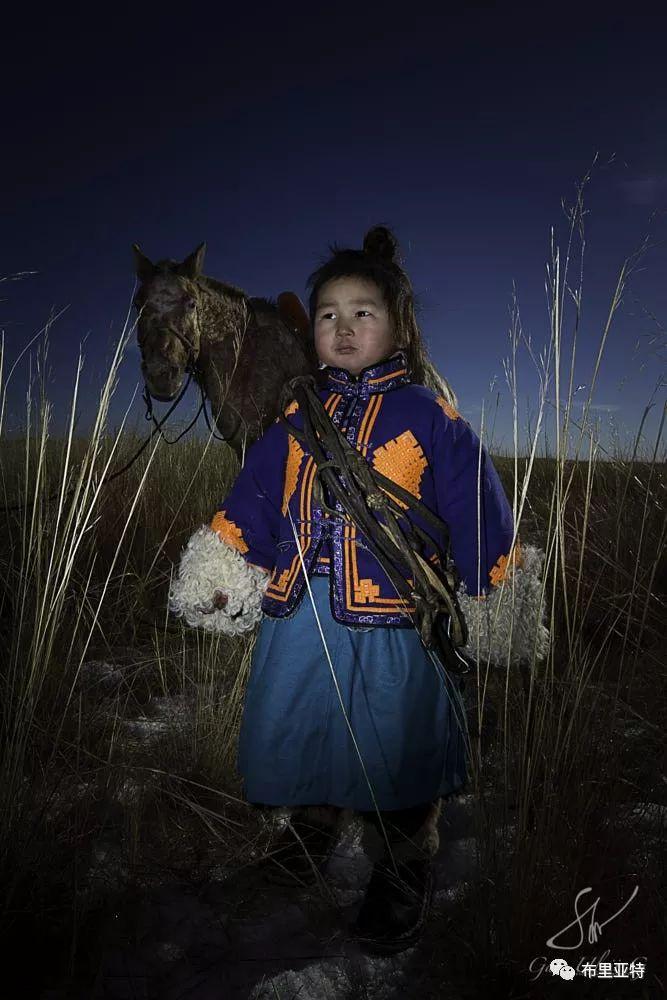 旅行摄影师甘乌力吉的摄影作品欣赏,太震撼! 第49张 旅行摄影师甘乌力吉的摄影作品欣赏,太震撼! 蒙古文化