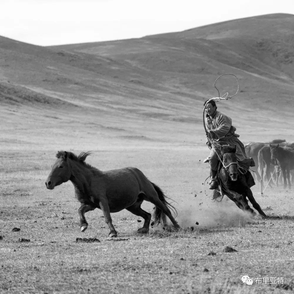 旅行摄影师甘乌力吉的摄影作品欣赏,太震撼! 第60张 旅行摄影师甘乌力吉的摄影作品欣赏,太震撼! 蒙古文化
