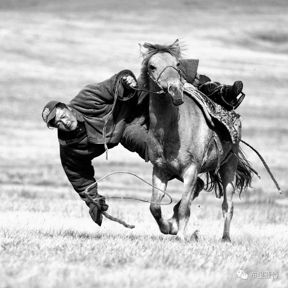 旅行摄影师甘乌力吉的摄影作品欣赏,太震撼! 第61张 旅行摄影师甘乌力吉的摄影作品欣赏,太震撼! 蒙古文化