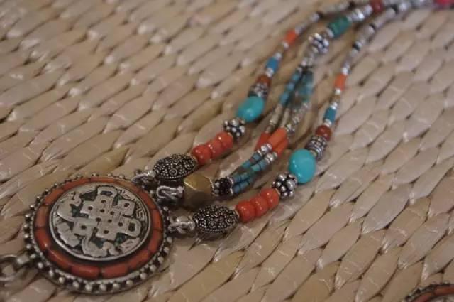 蒙古族:一个热爱银饰的民族 第10张