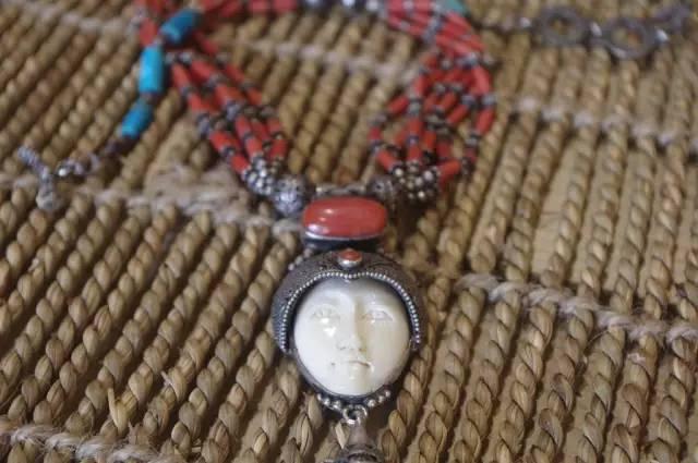 蒙古族:一个热爱银饰的民族 第15张
