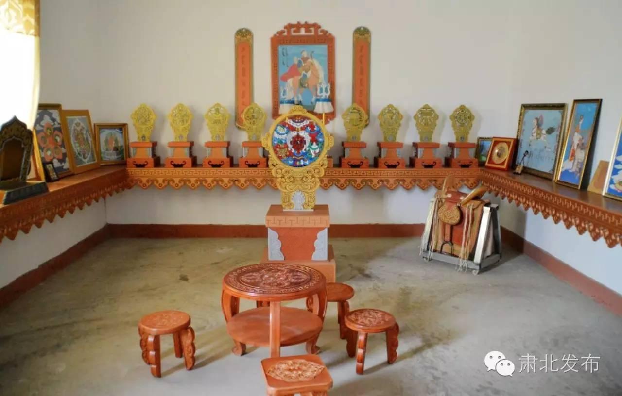 温格金  让雪山蒙古族手工艺术品大放光芒 第1张