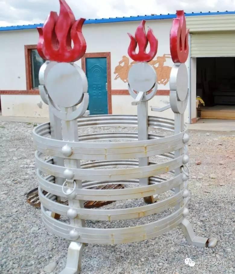 温格金  让雪山蒙古族手工艺术品大放光芒 第2张