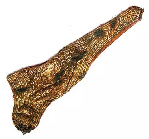民族风丨极尽华美的蒙古族武器装备:金绣弓囊 第3张