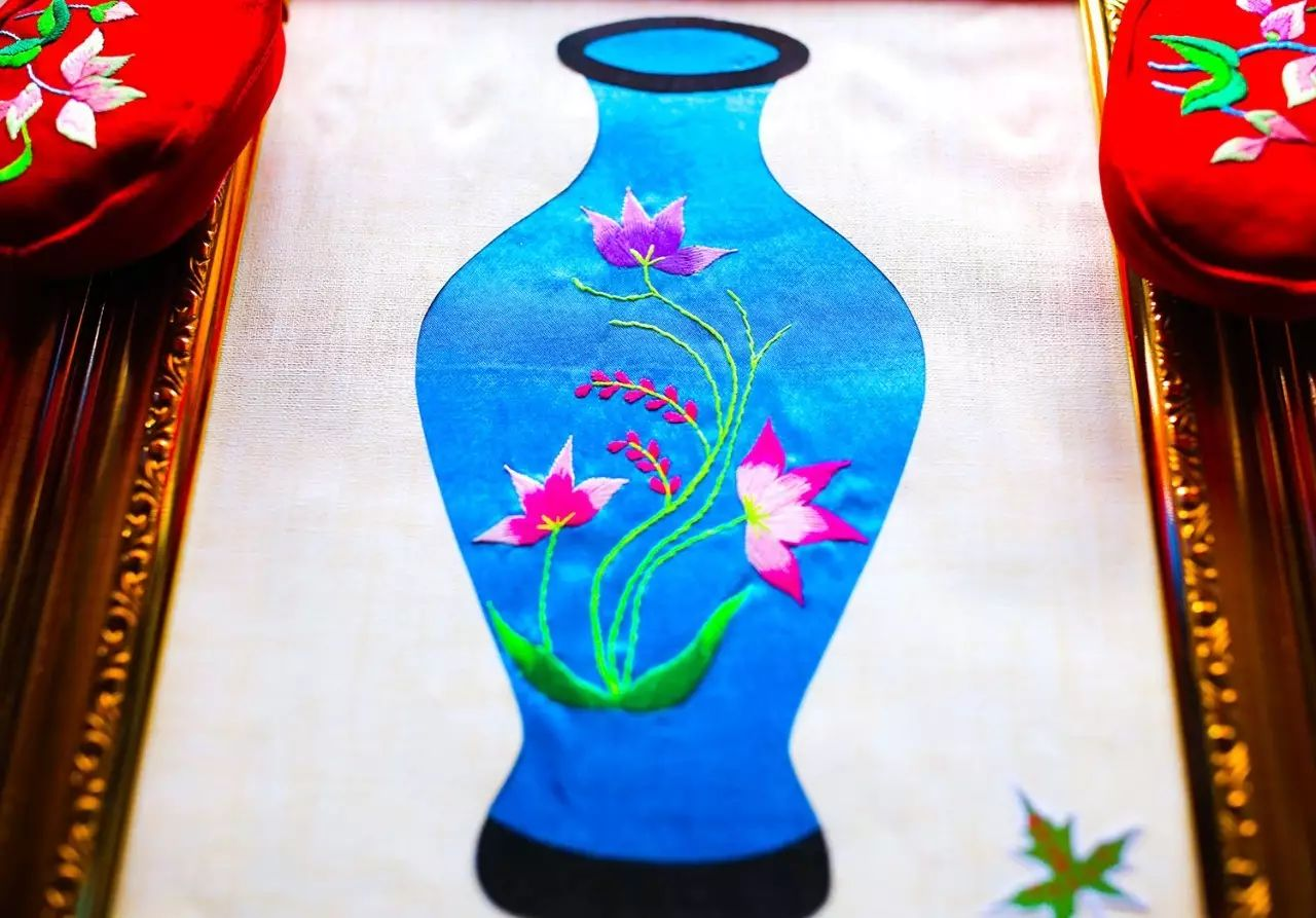 图什业图蒙古刺绣 第9张 图什业图蒙古刺绣 蒙古服饰