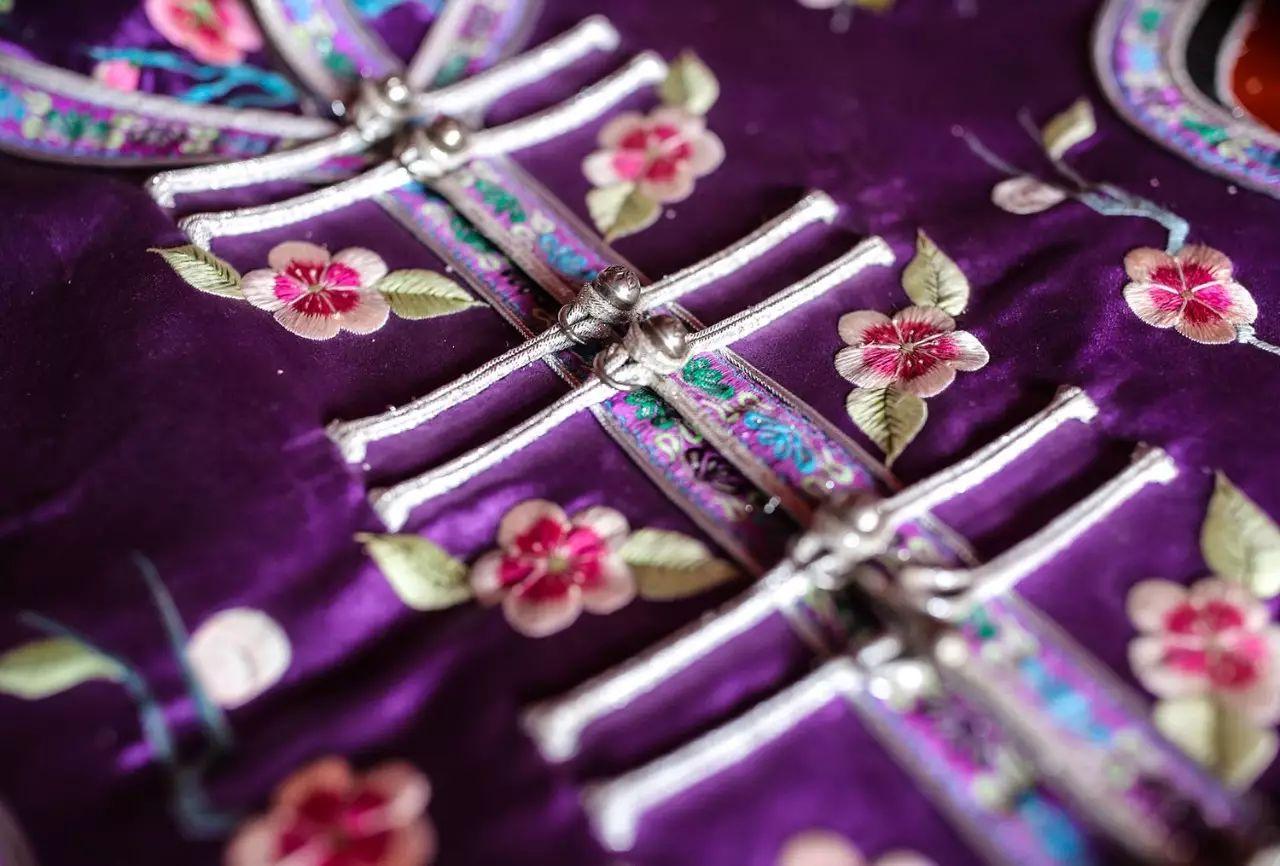 图什业图蒙古刺绣 第10张 图什业图蒙古刺绣 蒙古服饰
