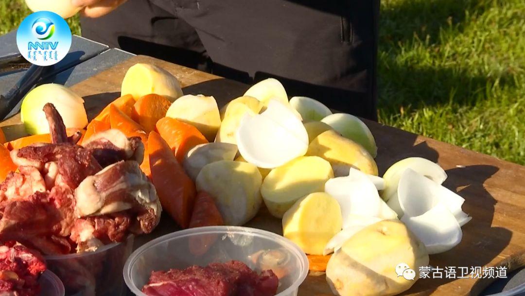 草原文化节美食篇-享誉世界的《蒙古石头烤肉》 第2张 草原文化节美食篇-享誉世界的《蒙古石头烤肉》 蒙古文化