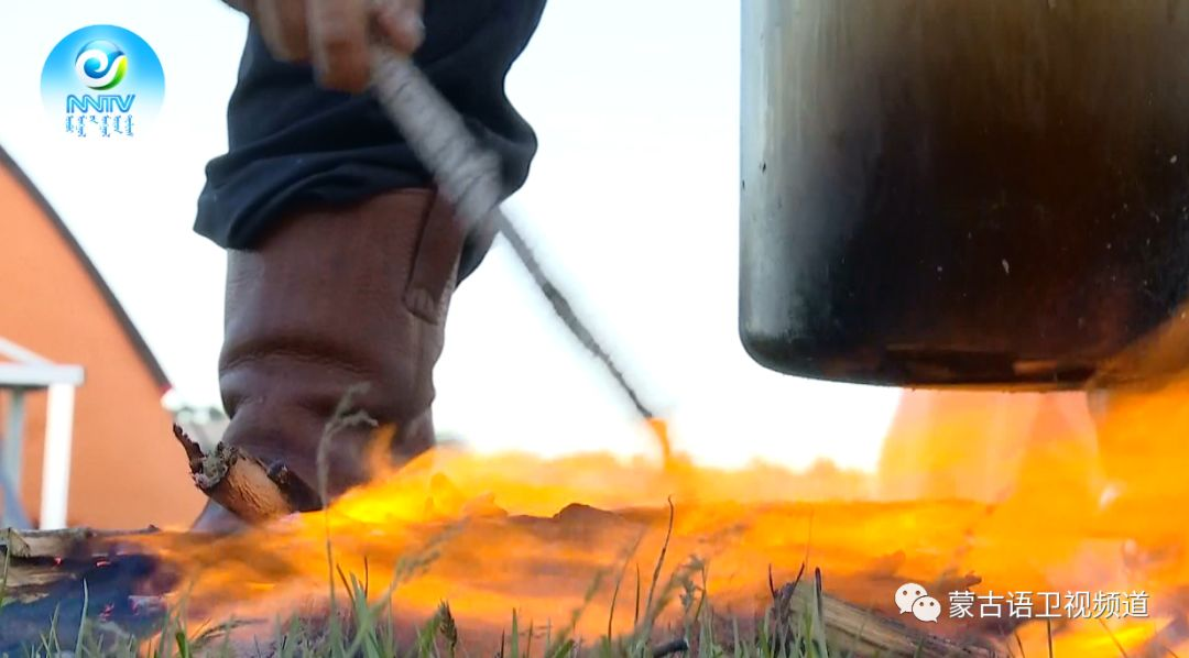 草原文化节美食篇-享誉世界的《蒙古石头烤肉》 第6张 草原文化节美食篇-享誉世界的《蒙古石头烤肉》 蒙古文化