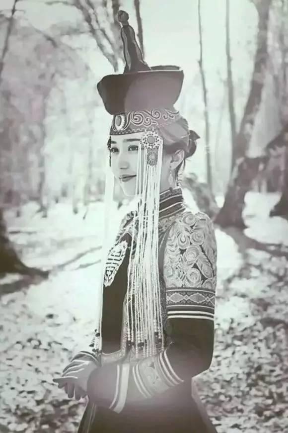 一个女孩总结的蒙古女人性格,说的超准! 第1张 一个女孩总结的蒙古女人性格,说的超准! 蒙古文化