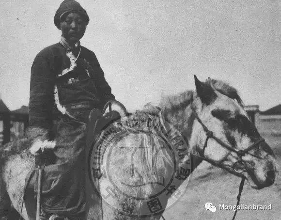 老照片:见证百年前蒙古女性(组图) 第17张